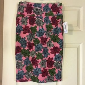 NWT Lularoe Floral Cassie Pencil Skirt
